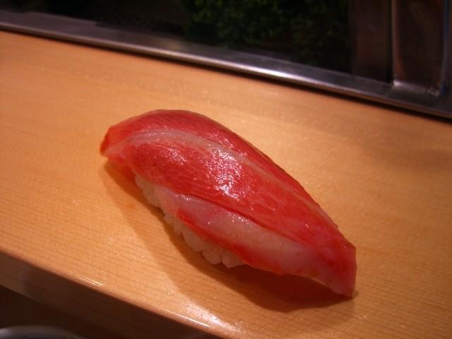 長蛇の列でも大満足! 築地市場 「寿司大」