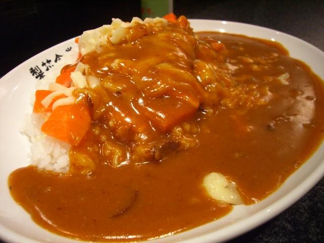 大行列の日本人大好きカレー! 天神橋4丁目 「梨花食堂」