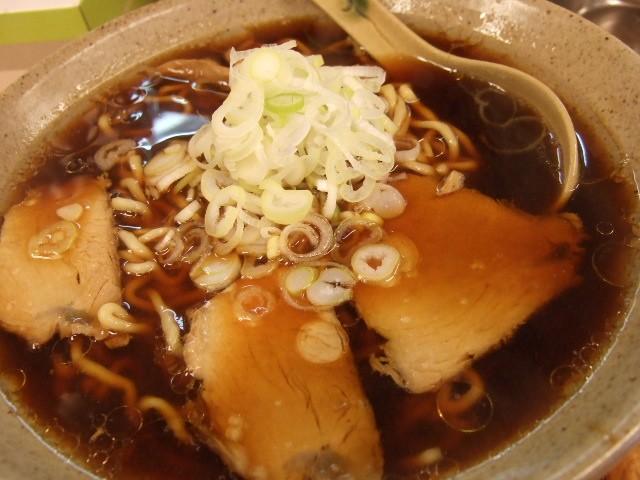 スープも麺も抜群! 吹田市 「旭川らーめん専門店 吹田 とっかり」