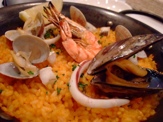 スペインの食堂でパエリアランチ 中津 「Casa Mila(カサミラ)」