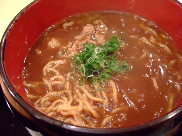 正統派日本料理店のカレーラーメン 堂島上通 「日本料理 遠藤」