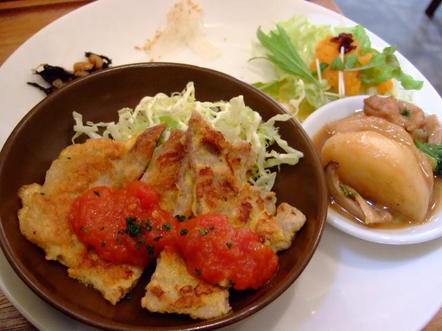 時間がゆっくり流れるカフェ食堂 中津 「CASHMERE(カシミヤ)」