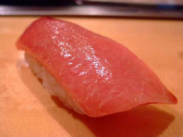 いくら並んでも行く価値大の素晴らしいお寿司屋さん 築地 「寿司大」