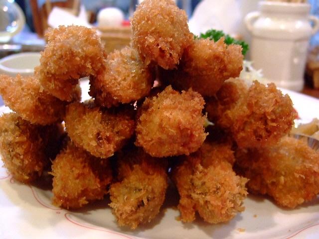 牡蠣フライが始まりました! 神山町 「洋食の店 ア・ラ・カルト」