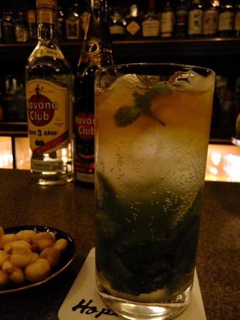 Mのはしご酒  しっとり落ち着いた大人の空間で静かに酔いましょう  北新地  「Bar Hope」