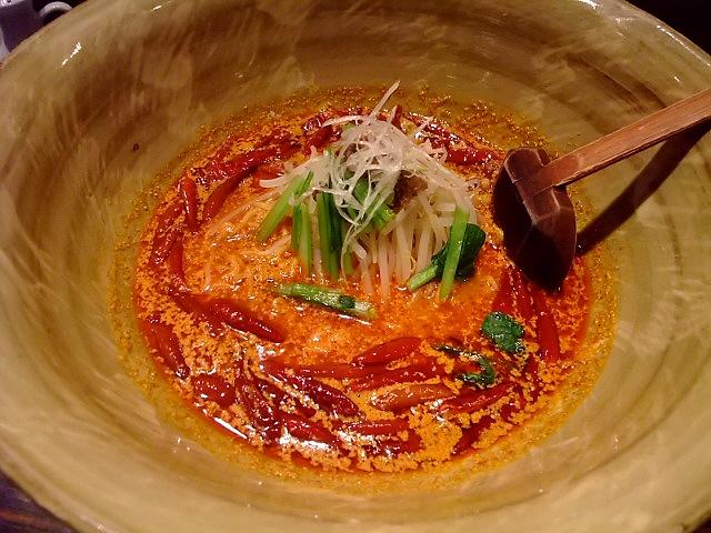 担担麺が美味しい人気中華 天王寺 「中華厨房 担担」