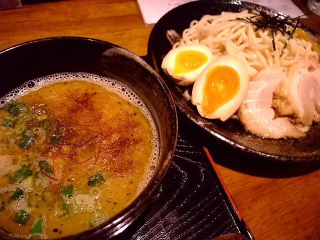 鶏とアゴのWスープは絶品です! 東成区 「麺屋 かぶき亭」