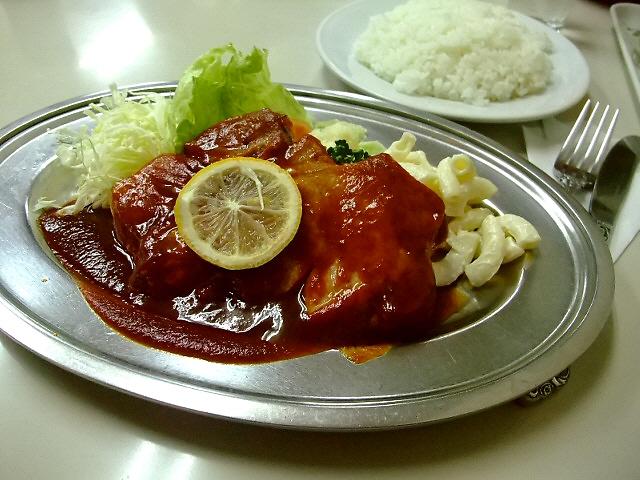 昭和の空気が流れる心温まる洋食屋さん  西成区 「洋食の店 カワベ」