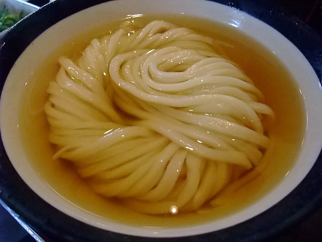 関西人好みの激ウマいりこ出汁 北区豊崎 「情熱うどん 讃州」