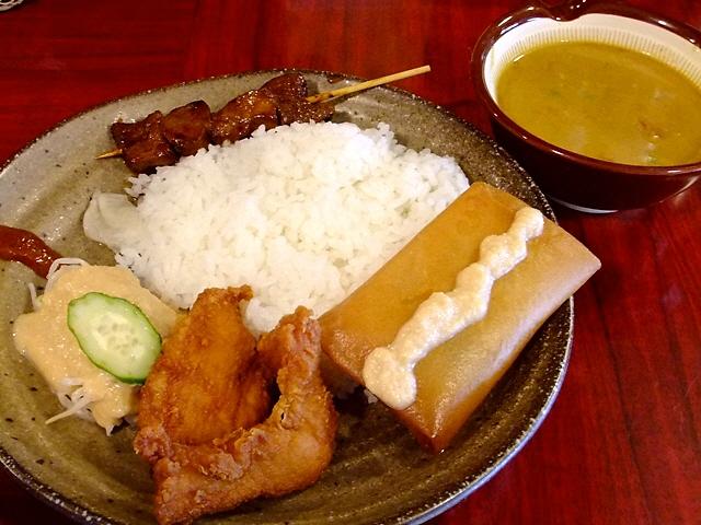 大衆化された本格インドネシア料理が旨すぎます!  西淀川区 「大衆インドネシア食堂 るまやん」