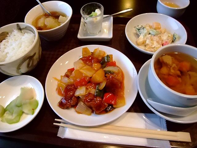 大人気中華のランチは充実の内容で超お値打ちです! 北新地 「中国料理 星華」