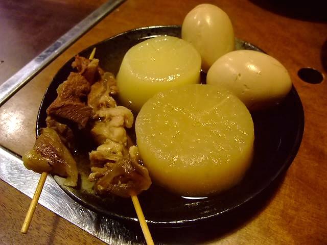 関西讃岐うどん西国三十三ヶ所巡礼 28番礼所 うどんもお出汁もおでんも激旨です! 三宮 「讃岐麺房 すずめ」