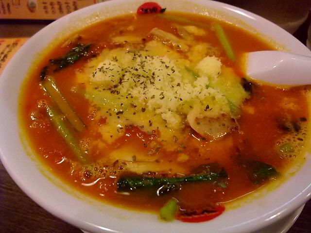 トマトの旨みが濃厚です! 福島区 「太陽のトマト麺」