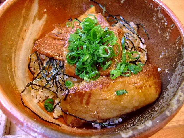 三重県からやってきた絶品豚肉料理のお店  なんば 「楽豚 なんば店」