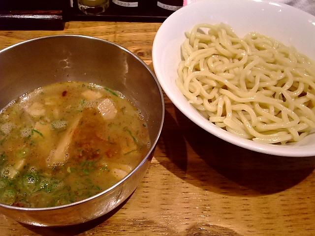 仕掛け満載!色々な食べ方が楽しめます!  阪急東通商店街 「フジヤマ55 梅田東通り店」