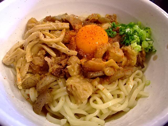 よく煮込まれたどて焼きが旨いです!  鶴見区 「鶴麺(つるめん)」