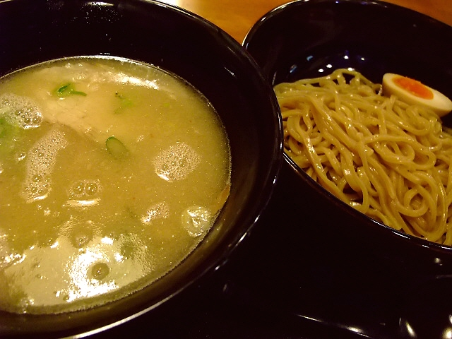 さすがきんせい!つけ麺も旨すぎました! 茨木市 「茨木きんせい」