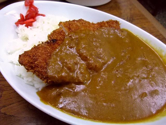 お出汁の効いた懐かしい味の食堂カレー 上本町 「お食事処 正富」