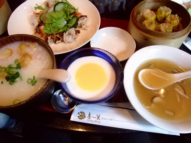 ボリューム満点の人気中華 堂島中通 「青冥(チンミン)」