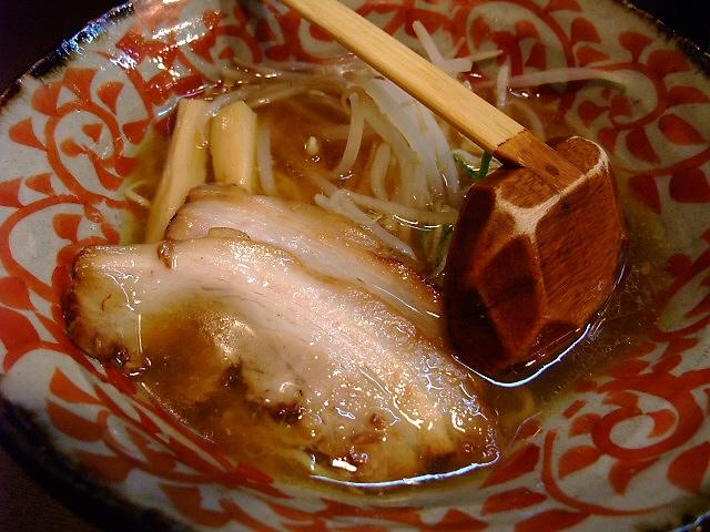絶品Wスープの良心的なラーメン屋さん 伊丹市 「麺屋 巧」