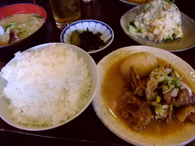 ごはんもおかずもしみじみ旨いおふくろの味 堺市 「お食事処 ぶんぷく」