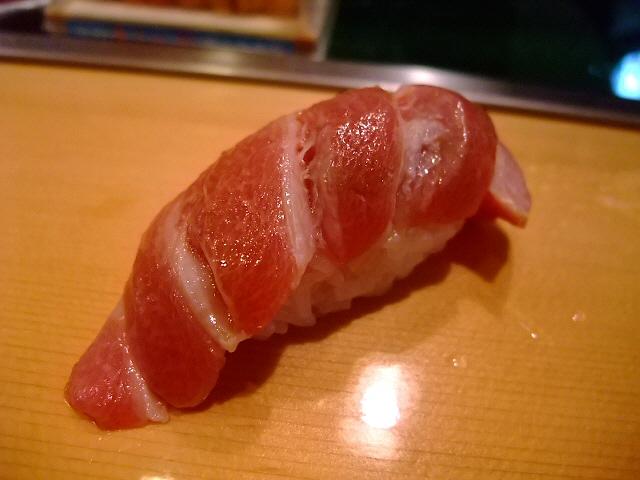 やっぱり並んで良かった!  築地 「寿司大」