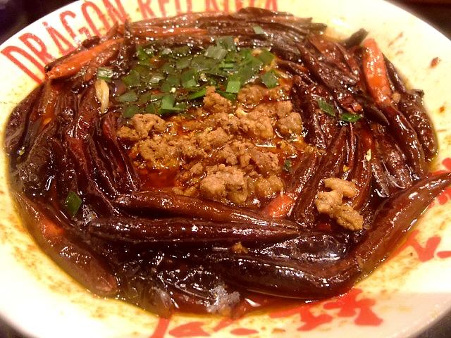 世界一辛い担担麺を食べてきました 阪急西宮ガーデンズ 「DRAGON RED RIVER(ドラゴンレッドリバー)」