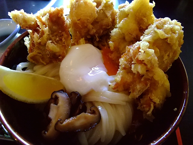 関西最強のお店で最強のとり天とひやかけ食べました! 門真市 「三ツ島 更科」