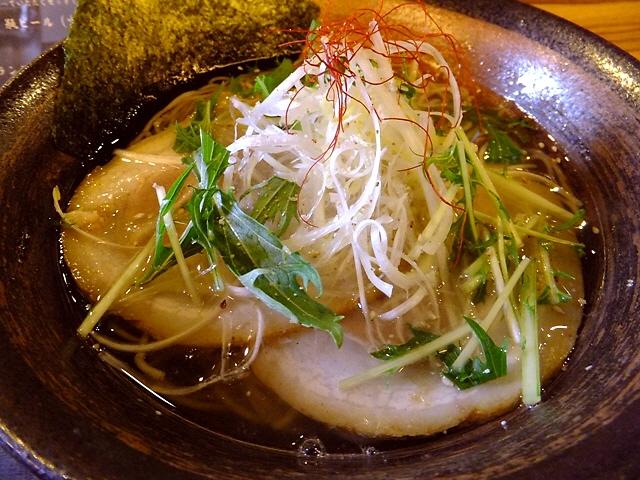 抜群のバランス!完成度の高い塩ラーメン  茨木市  「麺屋 一慶」