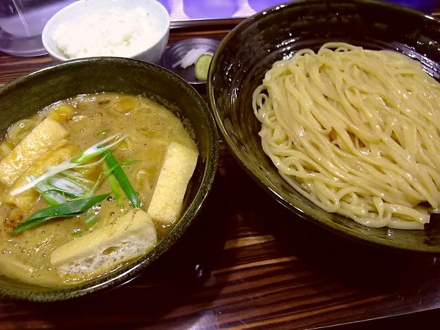 期間限定、数量限定のカレーつけ麺は絶品です! 福島区 「ラーメン人生 JET」