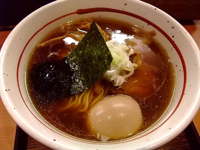 淡海地鶏のスープがしみじみ旨い! 江坂 「麺屋 えぐち」