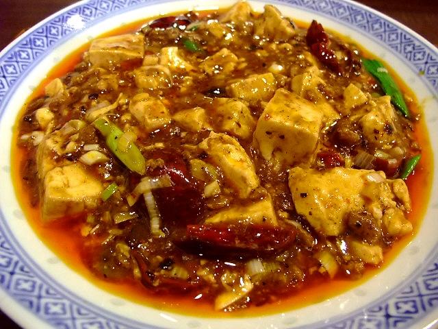 本格四川麻婆豆腐は癖になる味わいです!  福島区 「中国菜 オイル」