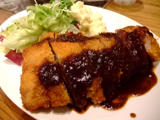 本格洋食でランチ再開! 心斎橋 「パシオン・エ・ナチュール 心斎橋店」