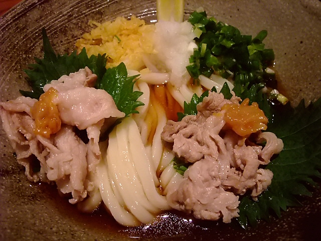 豊富なトッピングと熟成麺が旨い大人気うどん店 城東区 「自家製麺うどん甘味処 おにかま」