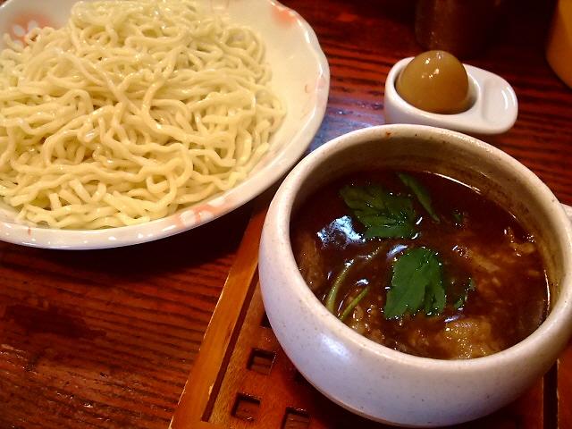つけ汁も麺も旨い!甘くて濃厚牛スジつけ麺 尼崎市 「麺舎 ヒゲイヌ」