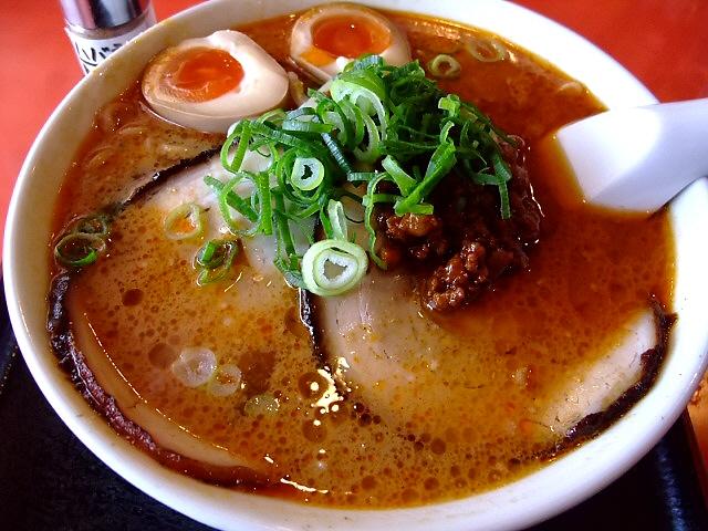全てがスペシャルに旨いスペシャル坦々麺 高槻市 「中国料理 華燕(かえん)」