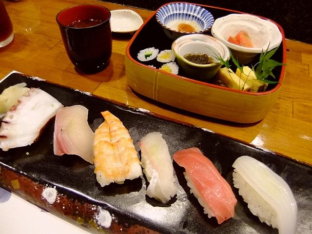 北新地高級割烹グループのお得なお寿司ランチ  北新地  「すし まるじん」
