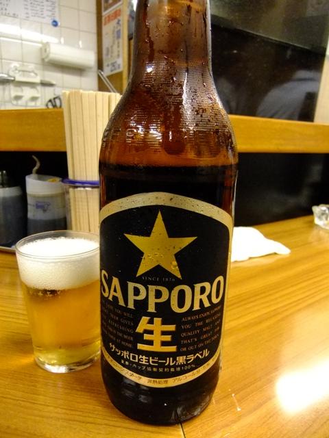 Mのちょっと一杯!  駅ビルの人の流れが変わるほどの立ち飲み屋が現れました!  大阪駅前第1ビル  「銀座屋」