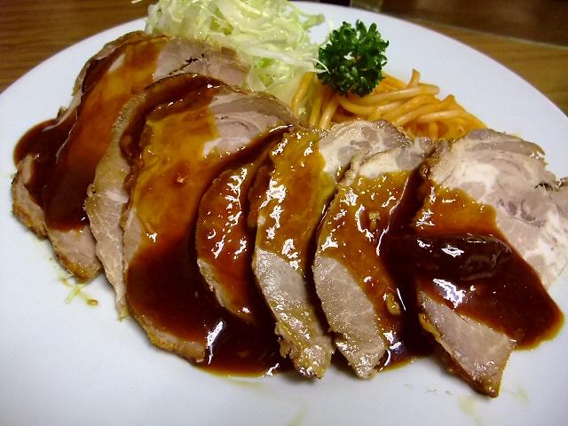 仕事が丁寧!素晴らしく良心的な老舗洋食屋さん 福島区 「グリル ニュートモヒロ」