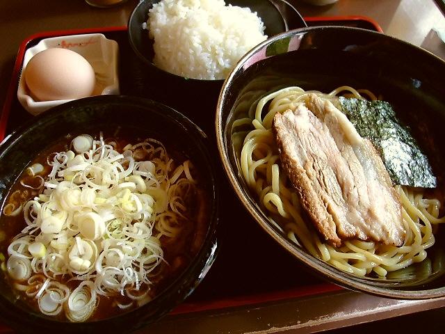 レベルが高過ぎる超濃厚つけ麺 中央区博労町 「宮崎郷土料理 どぎゃん」