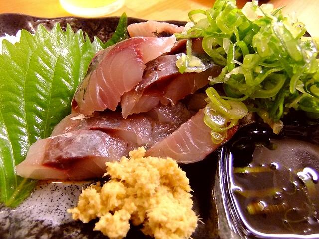 Mのちょっと一杯!  あまりにもお値打ちすぎてお客さんが溢れかえっています!  大阪駅前第1ビル  「銀座屋」