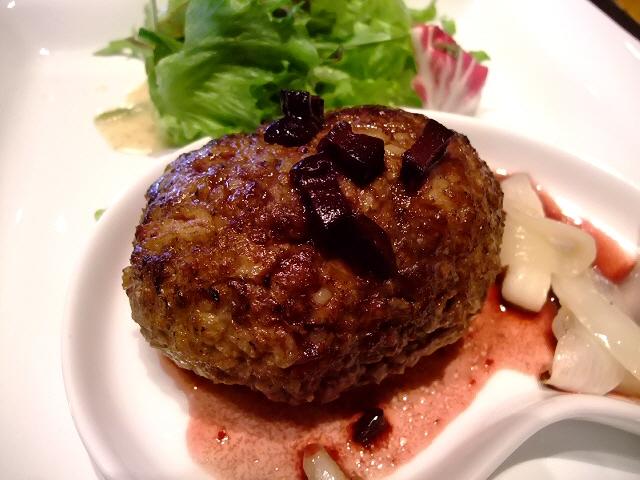 お肉料理屋さんの絶品ハンバーグ  南船場 「YUZAN 南船場店」