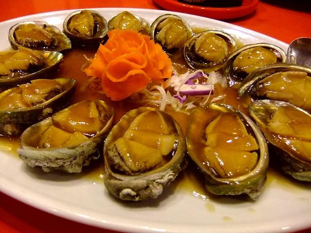 お任せコースの絶品料理の数々でお昼から大宴会!  北区池田町  「中国食府 双龍居」