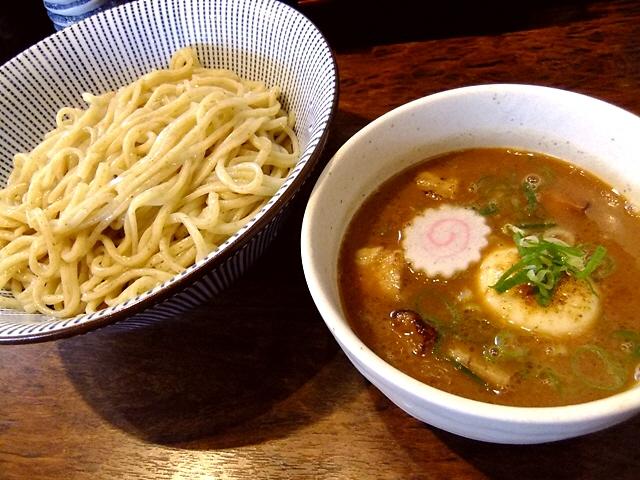 居心地の良いラーメン屋さん!濃厚つけ麺が旨い!  豊中市  「島田製麺食堂」