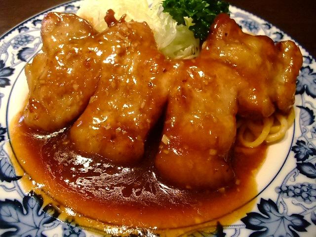 昔懐かしい正統派の洋食は健在です  なんば 「欧風料理 重亭」