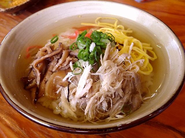 奄美大島名物の鶏飯は心に染みる旨さでした!  奄美大島  「ひさ倉」