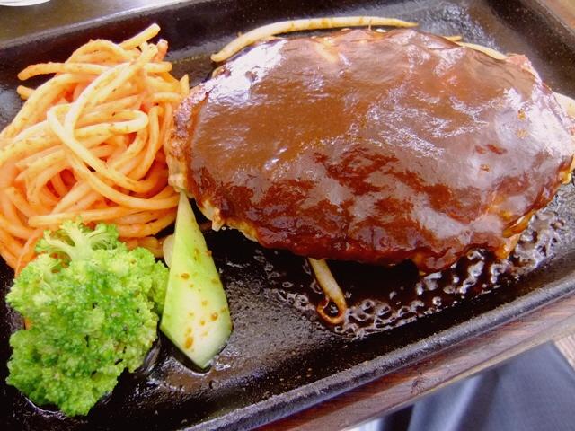 イタリアンの名店プロデュースの洋食屋さんでINハンバーグ!  西区江戸堀  「ニュー洋食 game」