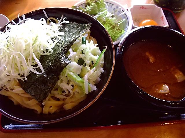 宮崎郷土料理のお店が提供する絶品の濃厚豚骨魚介つけ麺 中央区博労町 「宮崎郷土料理 どぎゃん」