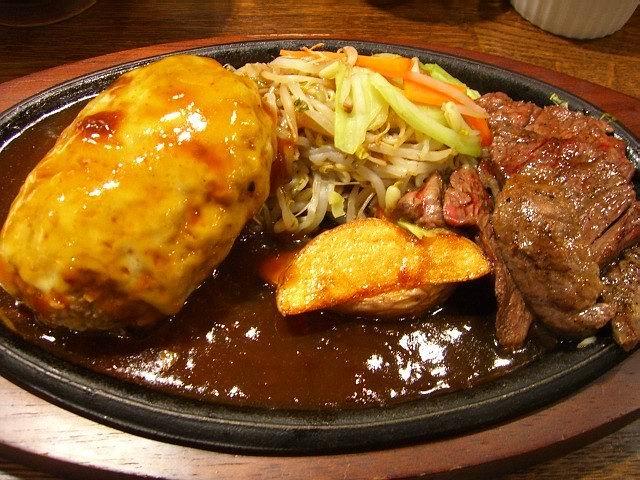 北新地ステーキハウスプロデュースの洋食屋 大阪駅前第3ビル 「ぶどう亭」