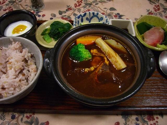 ボリューム満点の洋食屋さん 豊中市 「手作り洋食の店 樹林」